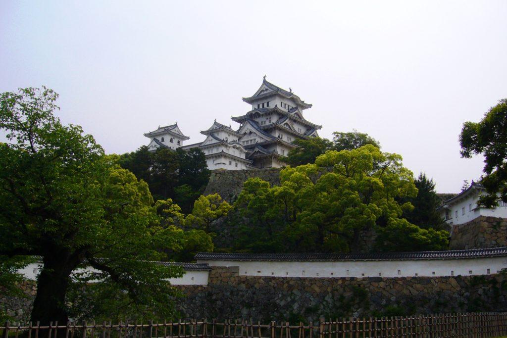 兵庫県姫路市にある姫路城の天守(春・5月)