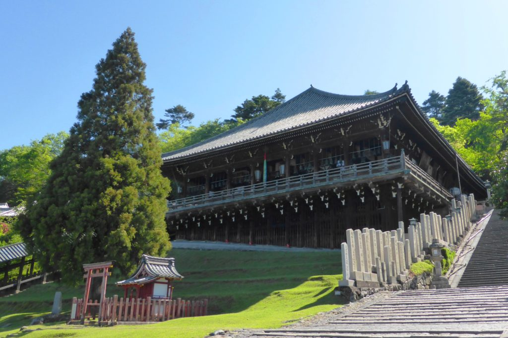 奈良市にある東大寺の二月堂